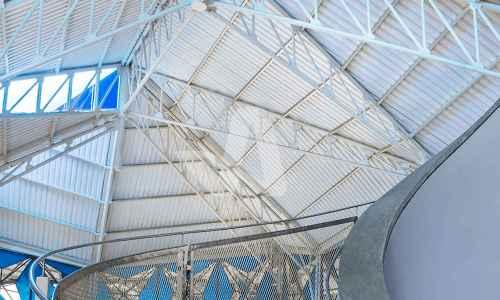 Atap Alderon pada aplikasi proyek pada atap galeri seni