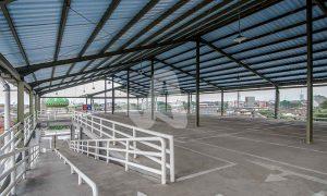 Alderon aplikasi proyek pada atap parkir stasiun