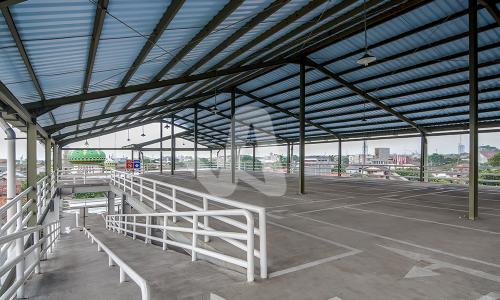 Alderon aplikasi proyek pada atap parkir